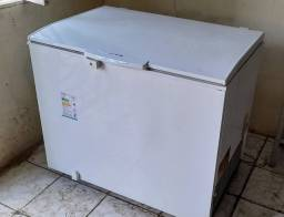 Freezer Eletrolux 305 litros