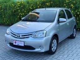 Toyota etios hatch 2014 1.3 x 16v flex 4p manual