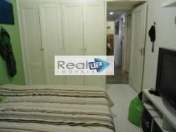 Apartamento à venda com 3 dormitórios em Leblon, Rio de janeiro cod:6134