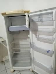 Geladeira Consul- gelando perfeitamente - Buscar