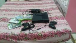 Xbox 360 2 controles e jogos