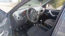 Carro logan - 2011