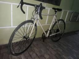 Bicicleta bem conservada caloi 10