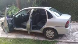 Corsa Sedan Super 16v- Gas/Gnv