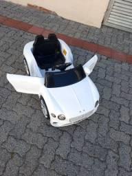 Carro elétrico  novo