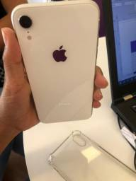 iphone XR Branco 64GB