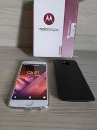 Motorola Z 2 zero intacto de procedência funcionando perfeitamente tudo