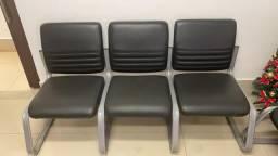 Cadeira para recepção de consultórios