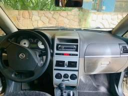 Vendo Fiat - Idea Hlx 1.8 Mpi Flex 8V 5P - 2006
