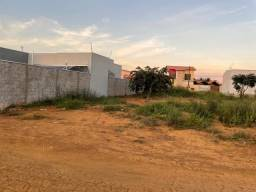VENDO TERRENO NA ENTRADA DO MORRO DOS VENTOS EM CHAPADA DOS GUIMARÃES - MT