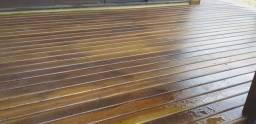 Deck em madeira ipê