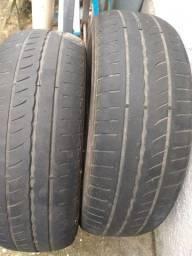 2 pneus meia vida 185/65/15.  60,00 os dois