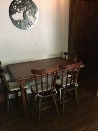 Título do anúncio: Mesa com 4 cadeiras em madeira