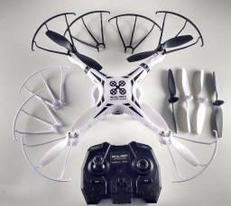 Título do anúncio: Drone Sky Laser - Quadcopter Com Camera 2.0 - Br385