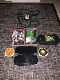Título do anúncio: PSP com caixinha para psp + 3 jogos