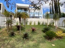 Título do anúncio: Casa de condomínio para venda possui 274 metros quadrados com 4 quartos