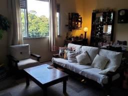 Título do anúncio: Apartamento com 3 dormitórios, 102 m², R$ 390.000 - Vila Muqui - Teresópolis/ RJ