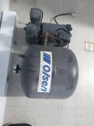 Título do anúncio: Compressor odontológico usado