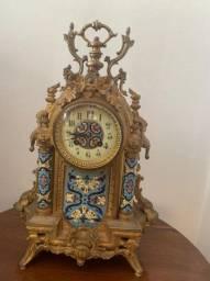 Raro Relógio francês banhado a ouro