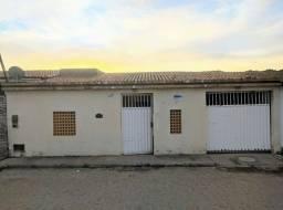 Casa Residencial - 200m^2 - Campo Formoso -BA