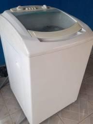 Maquina de lavar em boas condições
