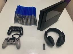 Título do anúncio: PS4 Fat 1t (SSD) 2 controle 13jogos H7 pulse 7.1