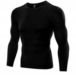 Título do anúncio: Camisa de compressão masculina preta