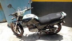 Título do anúncio: Suzuki Yes 2011.