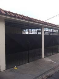 Título do anúncio: Alugo Casa no São Jorge com 2 quartos, paga agua e luz