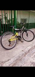 Bike aro 26 (nova) e guidão novo também