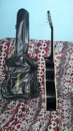 vendo violão em perfeito estado de conservação.!!  marca MENPHIS.