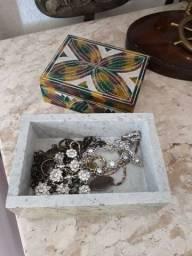 Porta joia pedra com pintura a mão