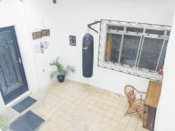 Título do anúncio: Casa em rua pública- Oswaldo Cruz