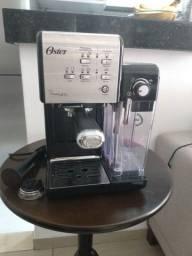 Título do anúncio: Cafeteira expresso Prima Latte Oster