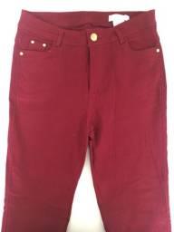 calça vermelha GG