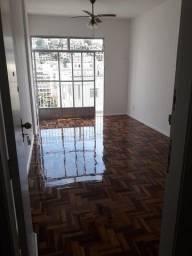 Título do anúncio: Excelente Apto de 70m², com 2 quartos e 01 vaga na garagem, em Laranjeiras - Rio de Janeir