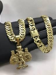 Correntes de moeda antiga banhado a ouro