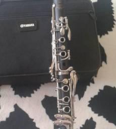 Clarinete Yamaha YCL-200DT
