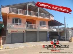Amplo sobrado comercial e residencial na Praia! Confira
