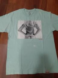 Camiseta diamond supply co