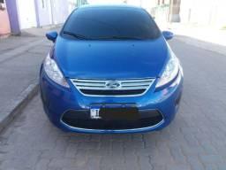 New Fiesta Sedan 1.6 com 26.500 km - 2011