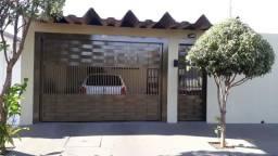 Cód. 121 - Vende-se Casa com 04 dorms. na Cohab IV em Sertãozinho/SP