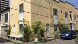 Alugo apto duplex com 1 suíte no bairro do Marco