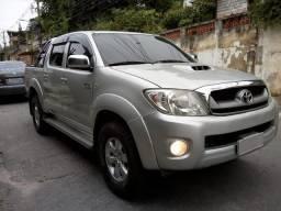 Hilux diesel automático 4x4 srv 3.0 92.500 kms nova ac troca financio doc ok!!! - 2011