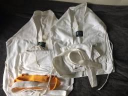 2 kimonos taekwondo infatil