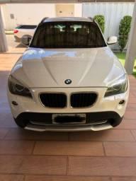 BMW X1 muito nova. Top!