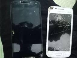 2 celulares parados