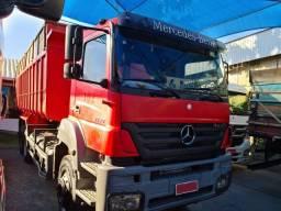 Mercedes Axor MB 3344 2010 com caçamba agricola maca galego 24 mts. cubicos R$ 250.000