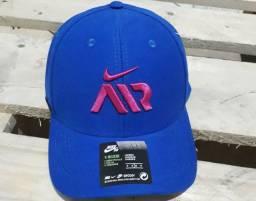 Boné Nike produto novo