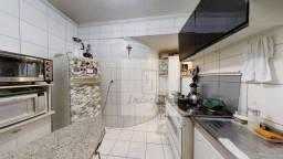 Apartamento de 76 m² localizado próximo ao metro Liberdade.